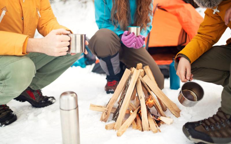 camp-in-winter